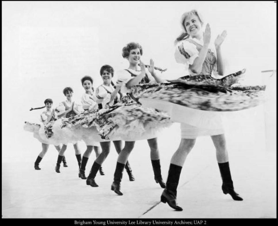 International Folk Dancers 1970.JPG